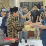 Wabup Serahkan Ranperda APBD-P 2019 ke DPRD Enrekang