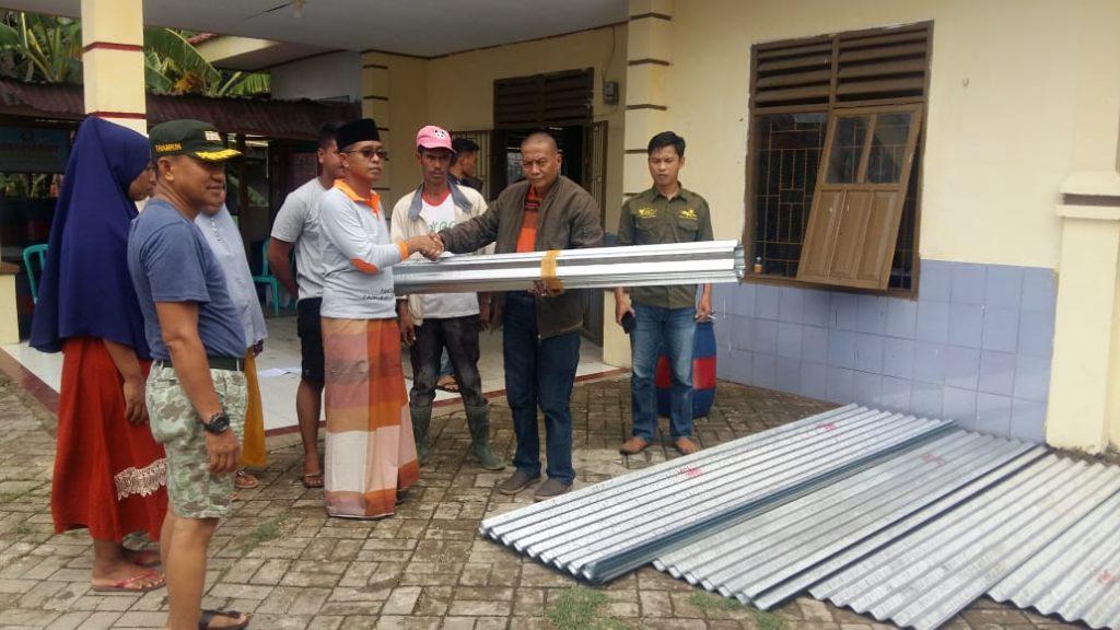 Tonasa Bantu Korban Bencana Angin Puting Beliung